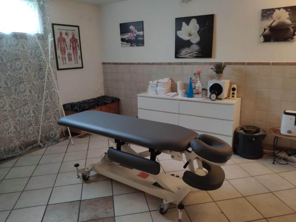 Massagebänken hos Bergvalls Massage i Umeå. Johan på Bergvalls Massage är utbildad massör inom finsk och svensk klassisk massage samt idrottsmassage.